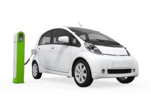 Elektroautos im Winter / nerthuz / fotolia