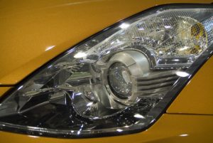 Scheinwerfer des Nissan Qashqai / Jorge Moro / fotolia