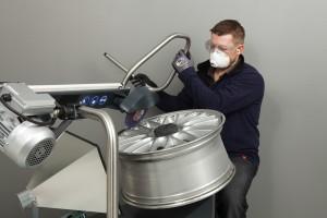Arbeitsbild-WheelDoctor- Felgenaufbereitung kl