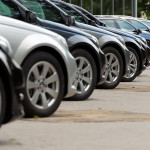 Neuwagen: SUV und große Vans weiter stark gefragt