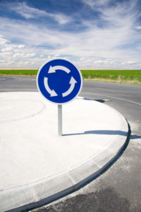 kreisverkehr rechts vor links verkehrsregeln