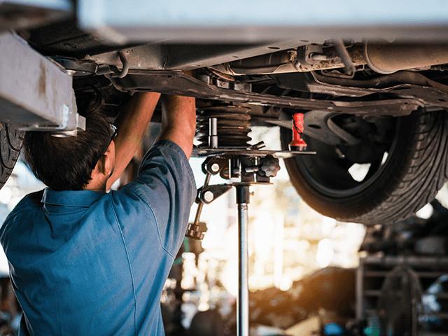 Fahrwerksfedern wechseln | Autoreparaturen.de