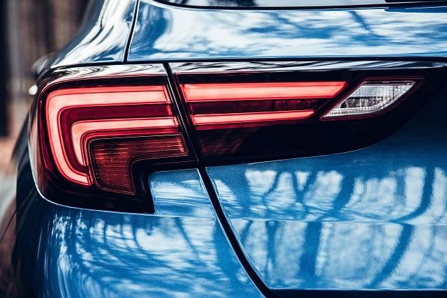 LED-Scheinwerfer eines Autos | autoreparaturen.de