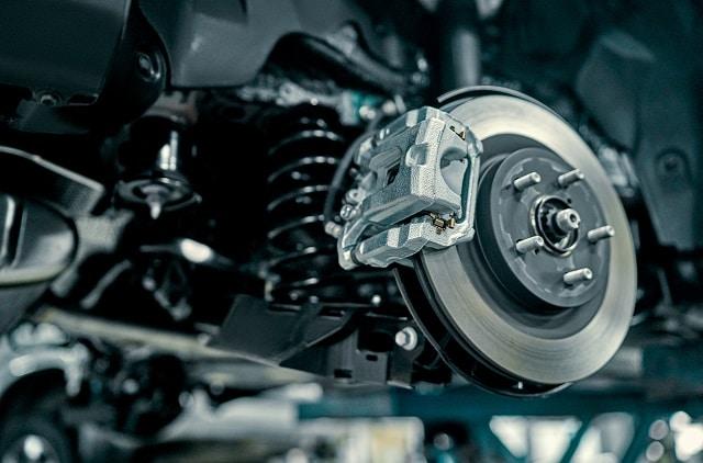 Defekte Bremsen die Repariert werden | autoreparaturen.de